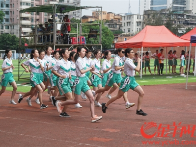 广州中考体育开考 游泳和跳绳考试设备升级