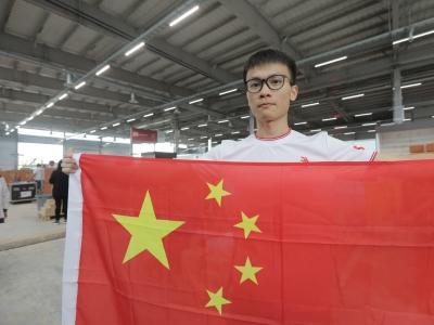 广州中职生砌墙砌出个世界冠军 金牌师徒蝉联世界技能大赛砌筑项目金牌