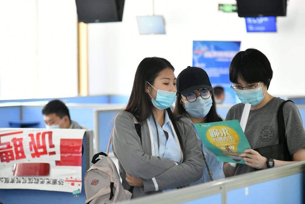 341.7万个岗位供给应届生、2700个第二学士学位……广东八项暖心举措稳就业